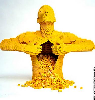 Yellow - Nathan Sawaya, Art of the Brick, Lego